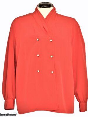 Punane pärlinööpidega pluus