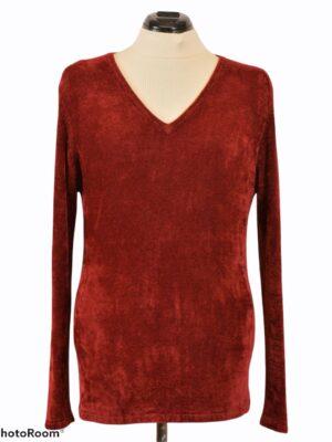 Punane sametine sviiter