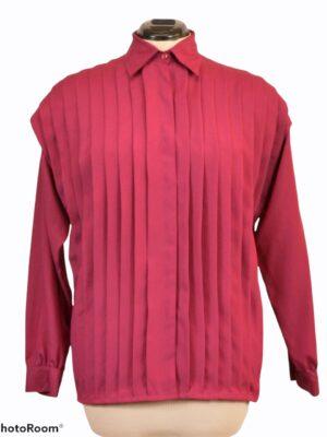 Punane eest plisseeritud pluus