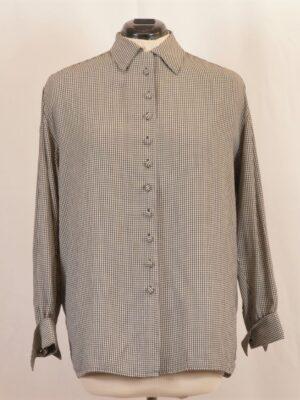 ruuduline riidest nööpidega pluus