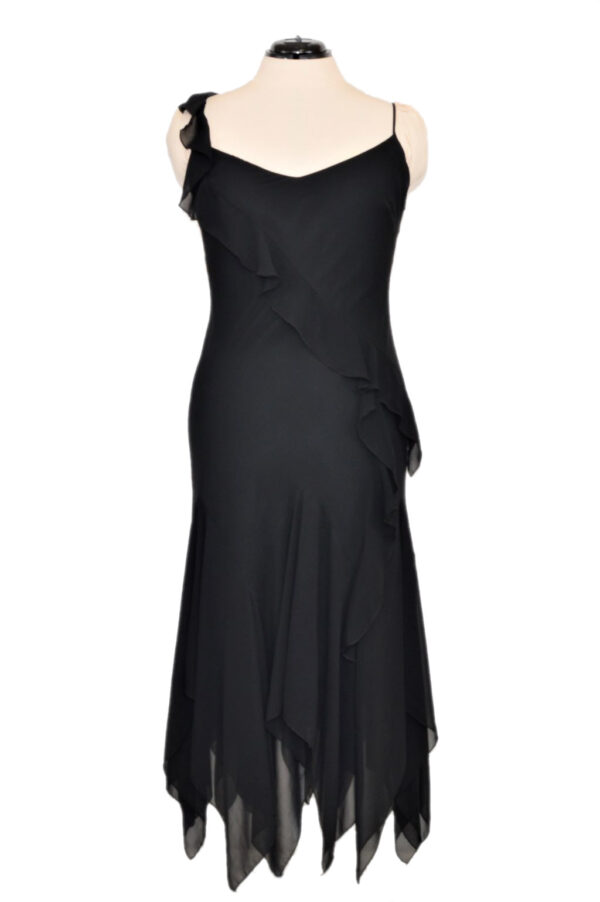 Merineitsilõikeline must kleit