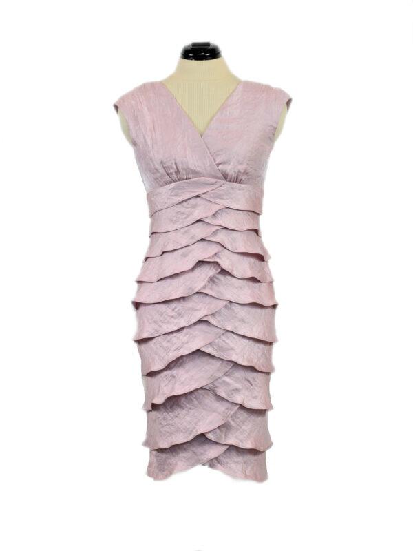 roosa satsidega kleit