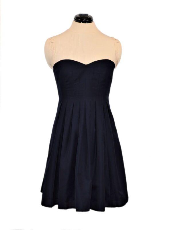 pidulik printsessilõikeline kleit